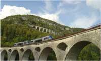 Ligne des Hirondelles en train