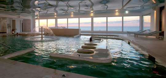 Offre senior de thalasso portugal for Thalasso quiberon piscine