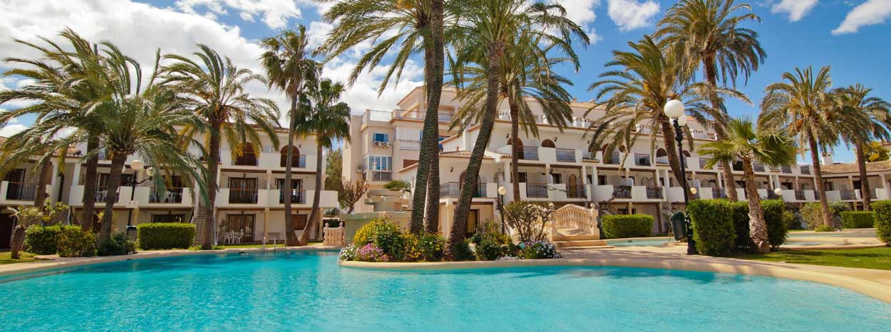 http://www.senior-vacances.com/wp-content/uploads/2014/12/location-appartement-denia-espagne.jpg