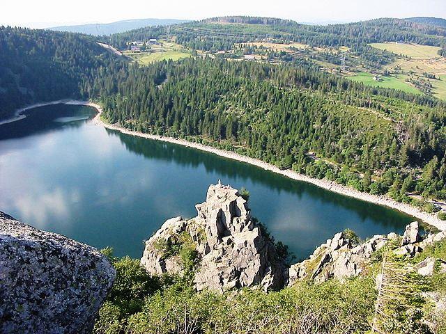 Le lac blanc du massif des Vosges en Alsace