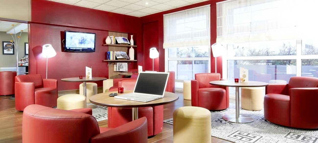 Salon de l'Hôtel Restaurant Campanile Reims Centre Cathédrale
