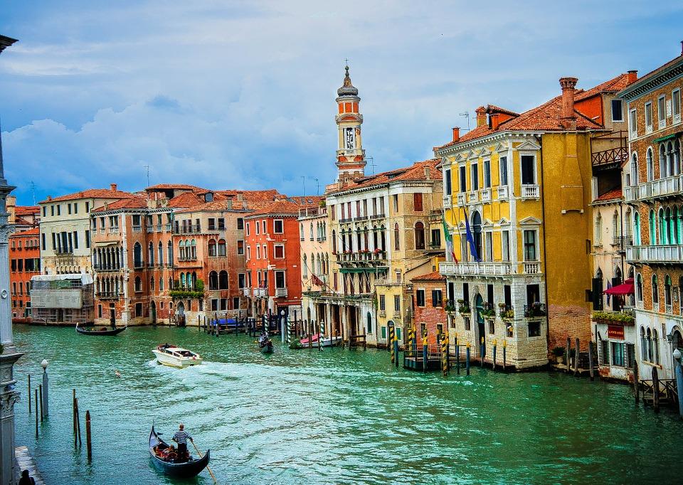Anniversaire de mariage à Venise pour Simone VEIL