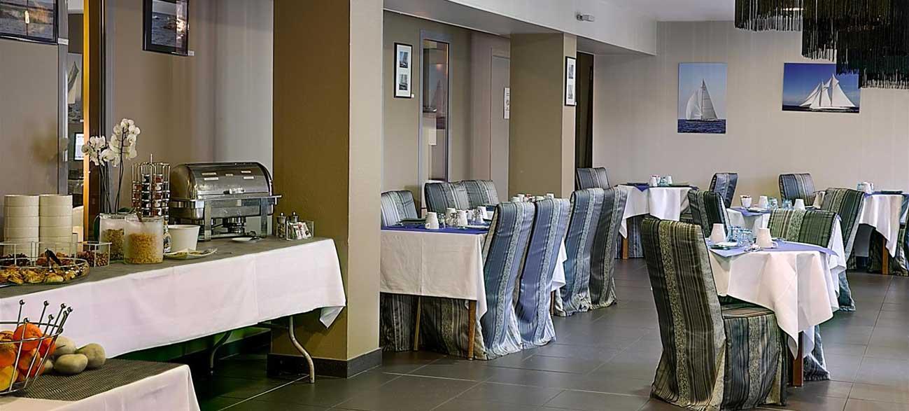 Petit-dejeuner de d'hôtel Best Western à Ouistreham, Normandie