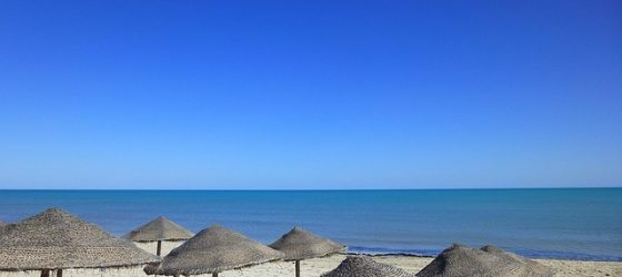 plage-tunisie-sable-blanc