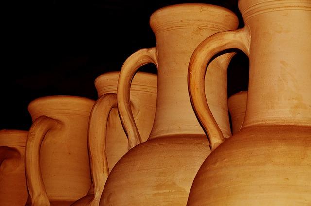 Poterie artisanale de Tunisie à Nabeul