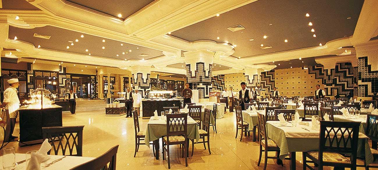 Restaurant de l'hôtel Vincci Helios Beach à Djerba