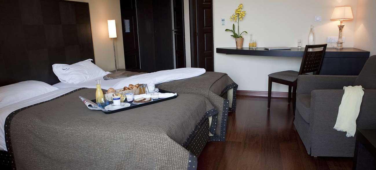 Chambre d'hôtel avec petit dejeuner face au lac Leman à Yvoire