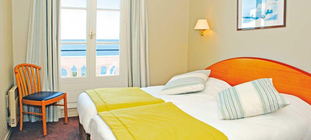 Chambre vue mer l'hôtel Balmoral à Menton