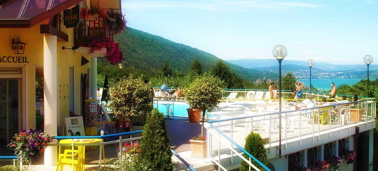 Restaurant avec vue lac d'Annecy