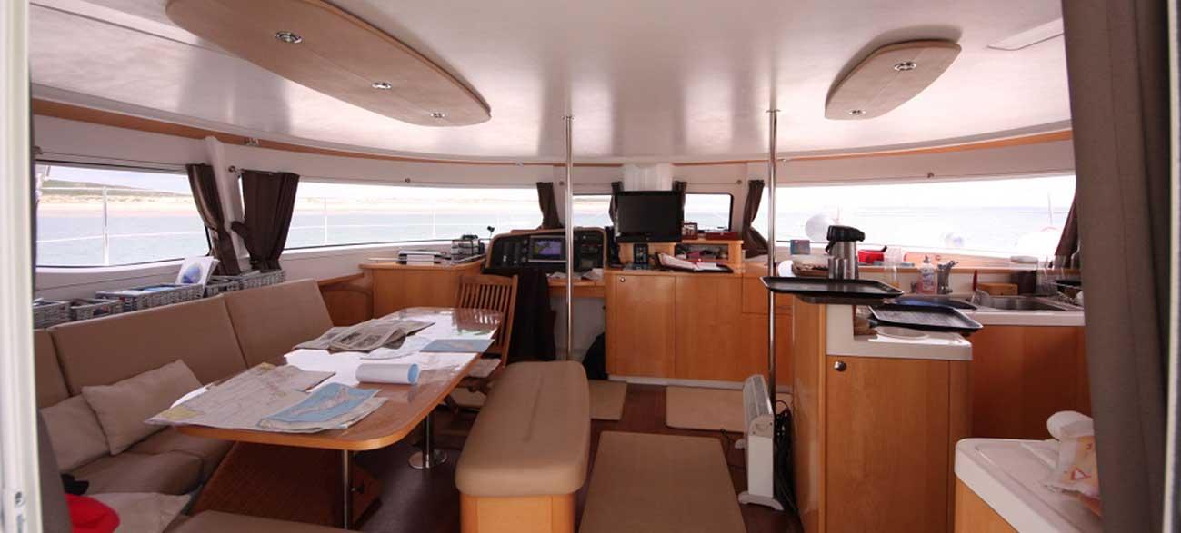 Cabine bateau Croisières Voile et Randonnée en Finistère