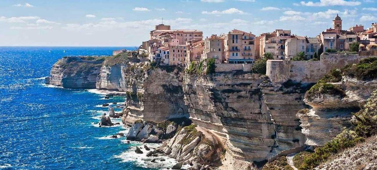 Escale à Bonifacio durant votre Croisière en Corse