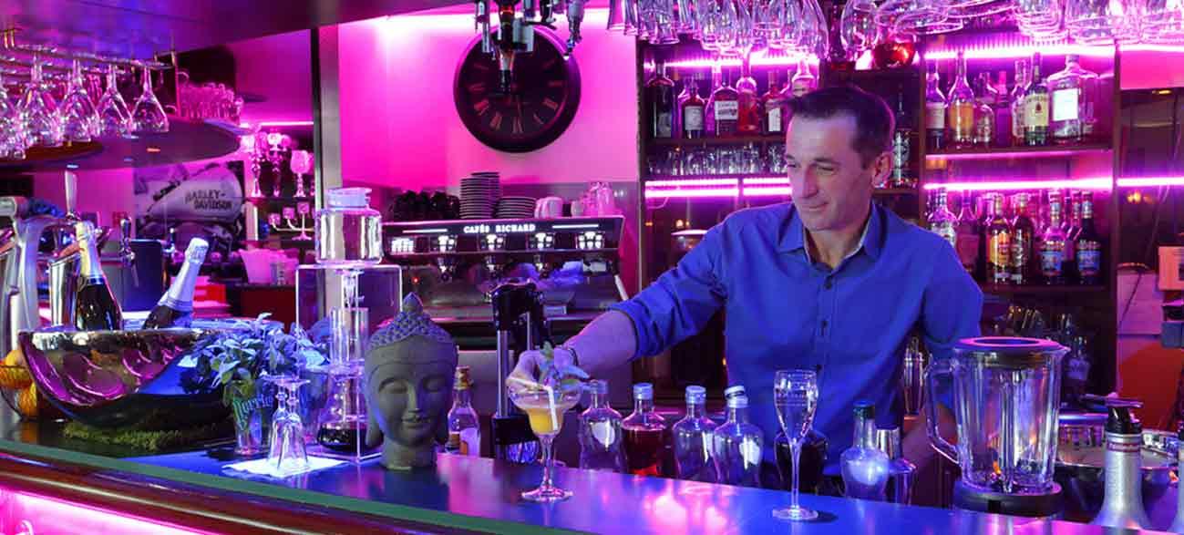 Lounge bar de Hôtel Altéora site du Futuroscope