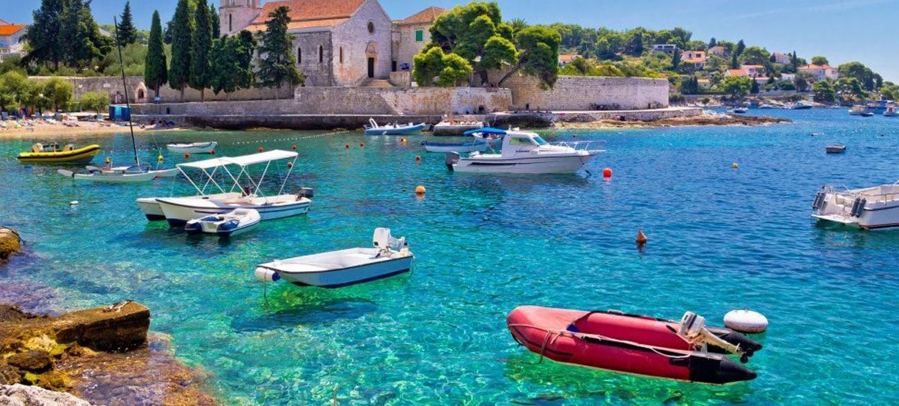 Mer turquoise lors de votre croisière en Croatie