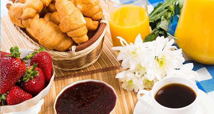 Service pain & viennoiseries disponible au sein de la résidence Pierre et Vacances Cap Morgat