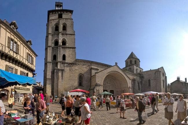 Marché de Beaulieu sur Dordogne