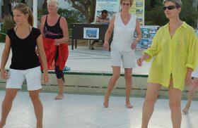 Activité gym au long séjour au SANGHO CLUB ZARZIS