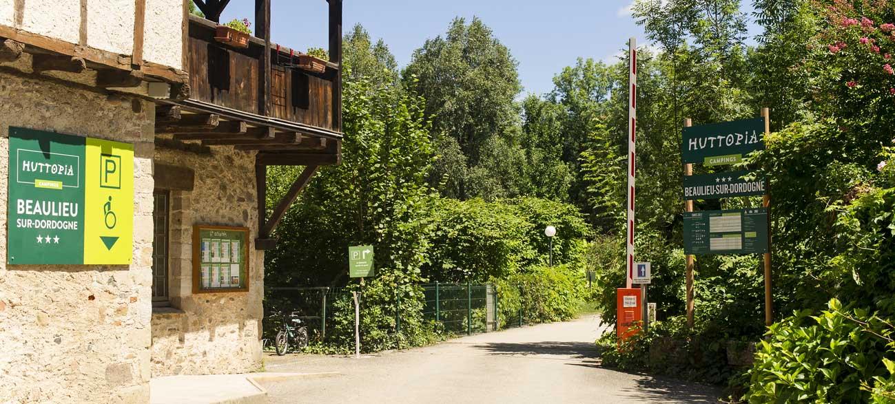 Camping Huttopia Beaulieu-sur-Dordogne en Corrèze