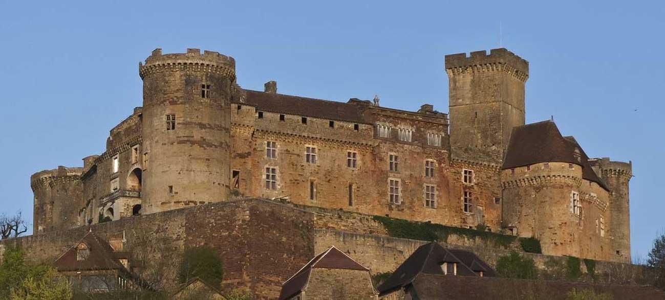 Château Beaulieu-sur-Dordogne en Corrèze