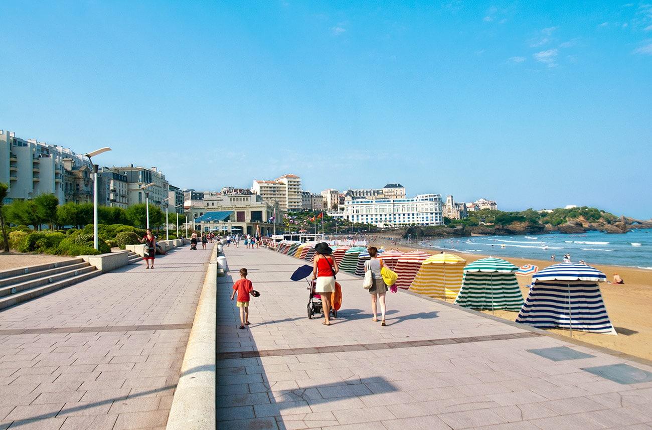Promenade en front de mer à Biarritz