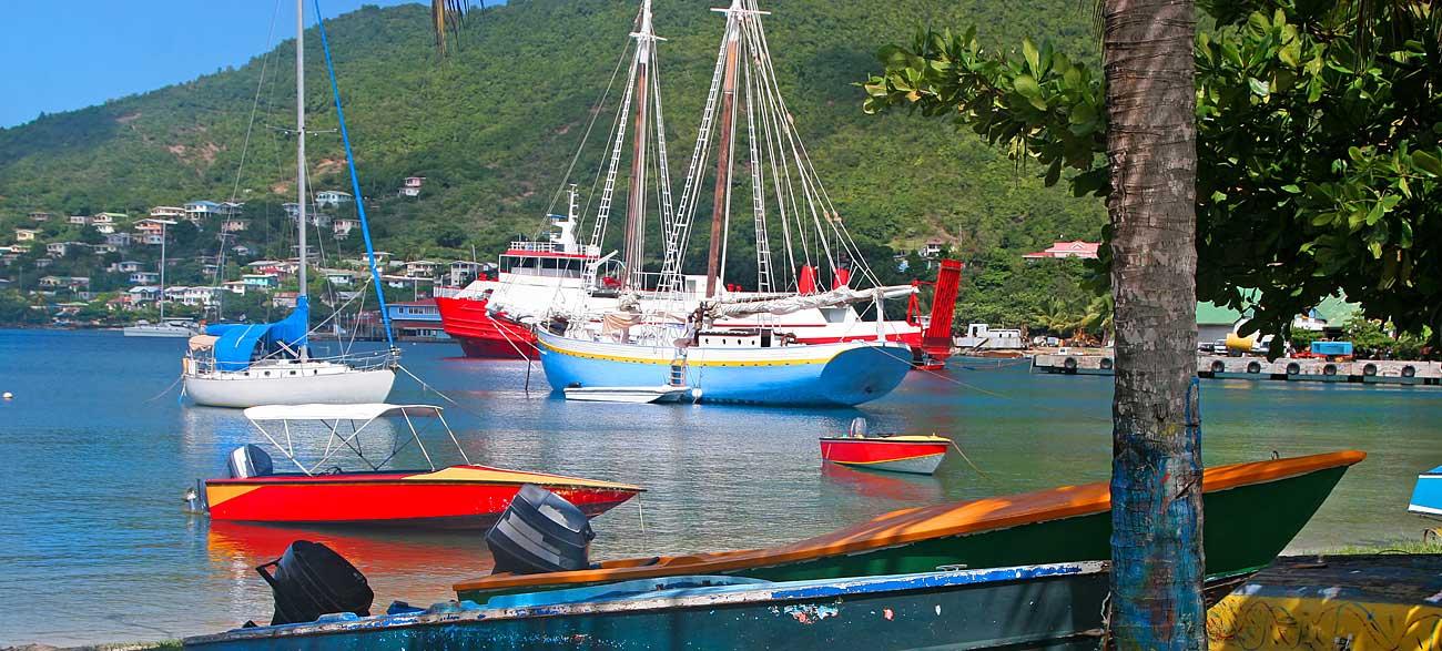Béquia Îles Grenadines en bateau