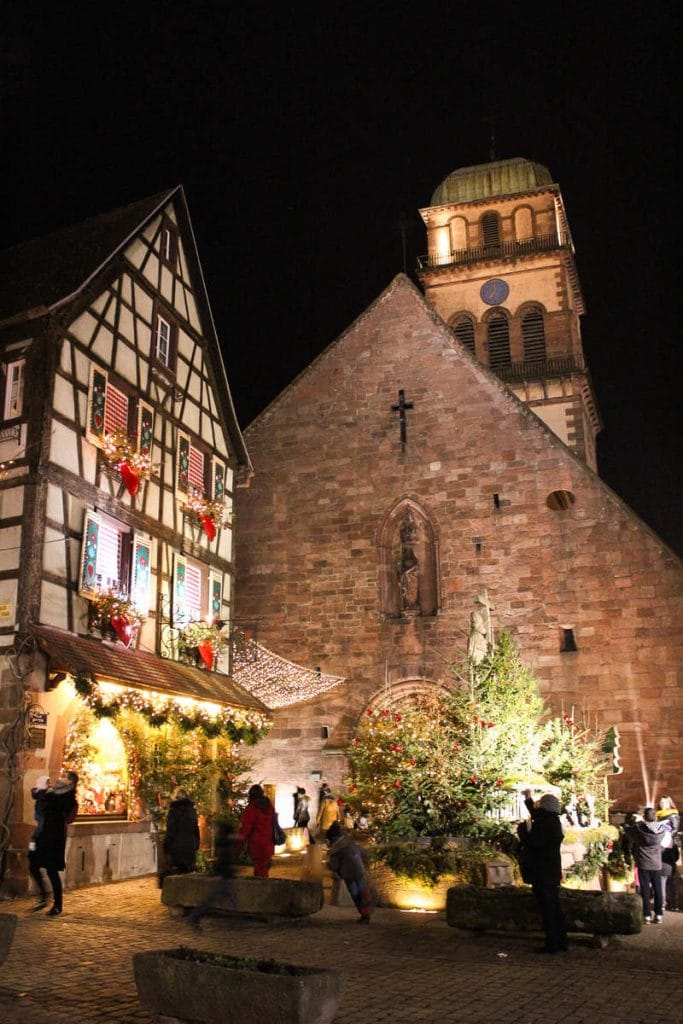 Eglise Sainte-Croix - Marché de Noël à Kaysersberg-©AAA-Birgé