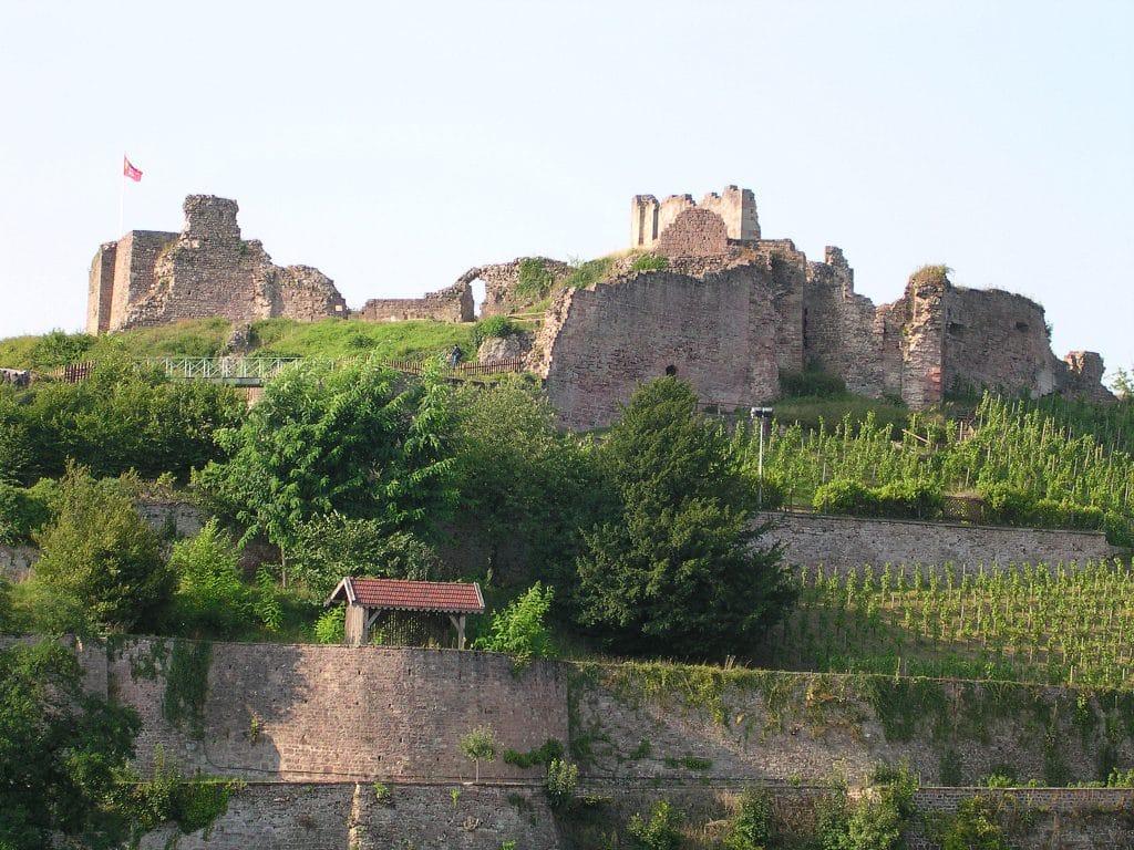 Ruines du château d'Epinal en Lorraine