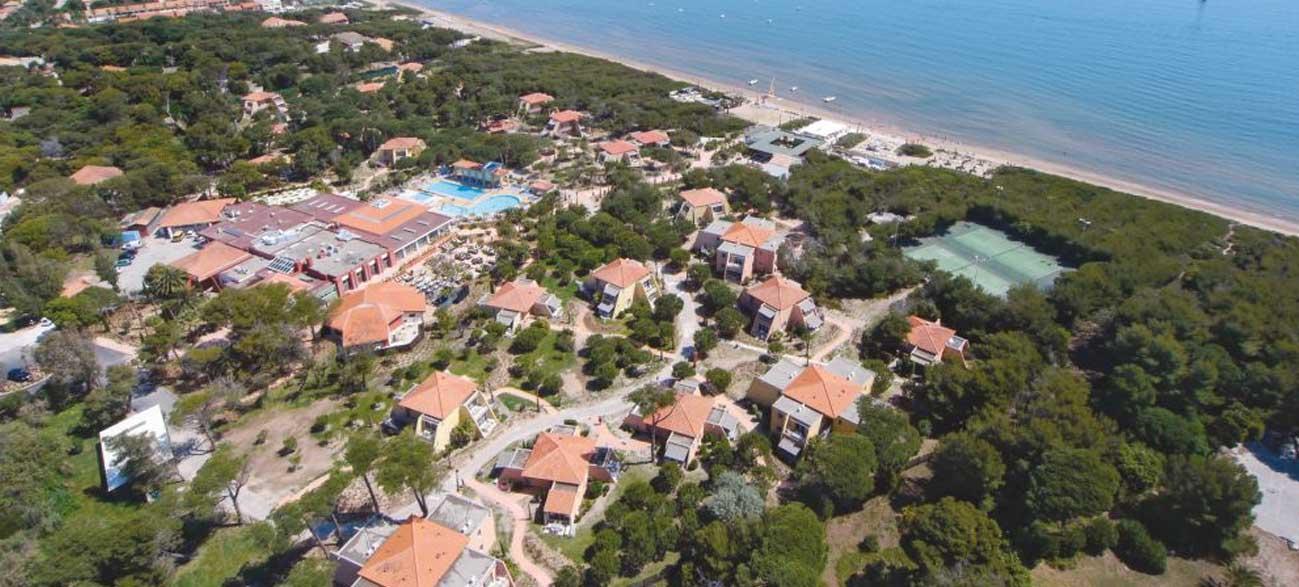 "Presqu'Ile de Giens Club ""Riviera Beach"""
