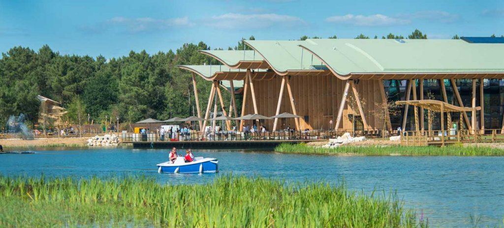 Vue lac Center parcs Bois aux Daim