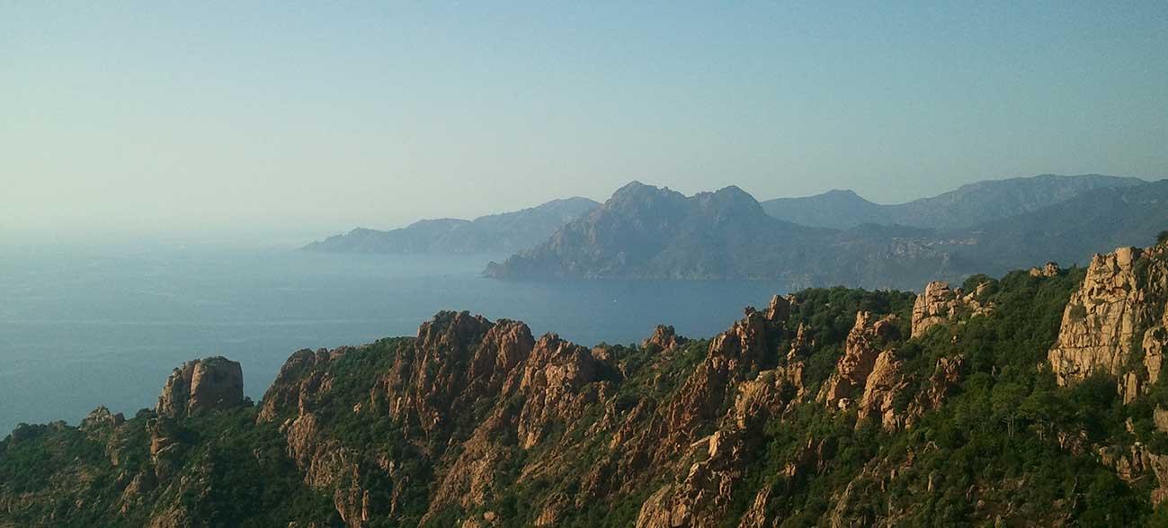 Mer et montagne en Corse