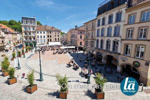 Place des Vosges à Epinal @Epinal Tourisme