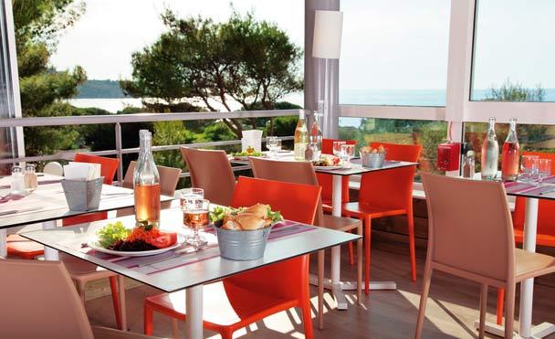 Restaurant avec vue sur le Golfe de Lozari
