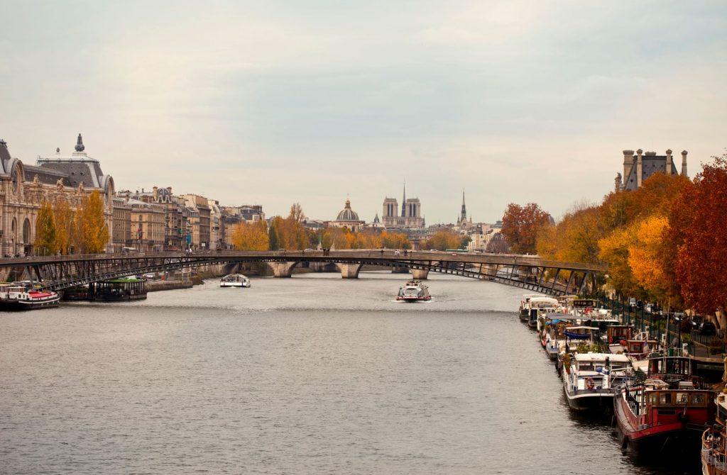 Vue parisienne de la Seine