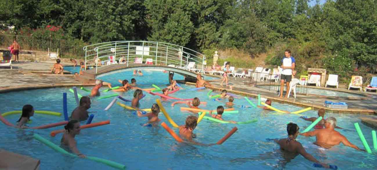Animation piscine Camping à Ramatuelle à proximité du golfe de St Tropez dans le Var
