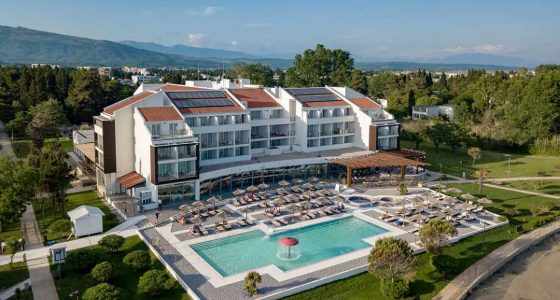 Piscine du Club Marmara Otrant au Monténégro
