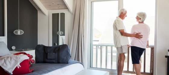 Seniors en vacances en appartements