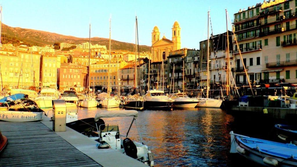 Soleil couchant sur Bastia