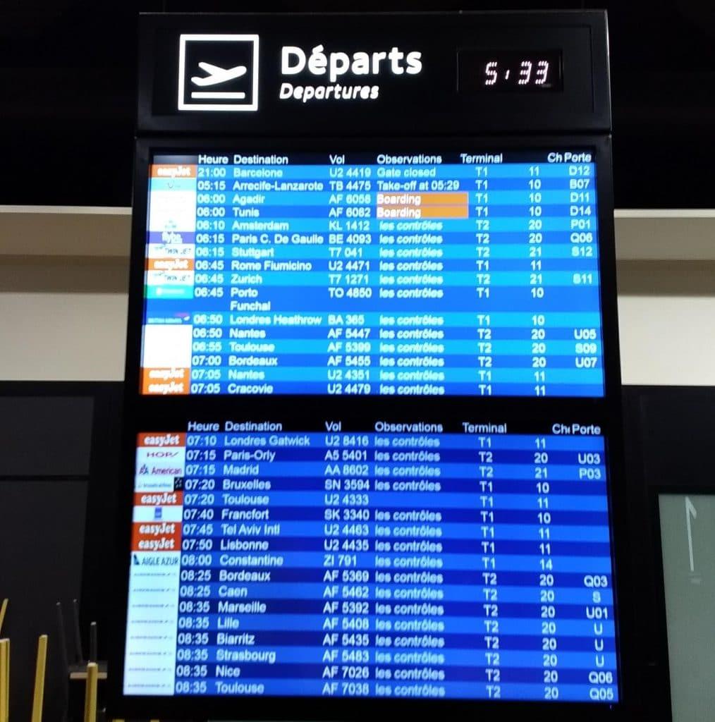 Panneau des départs Lyon