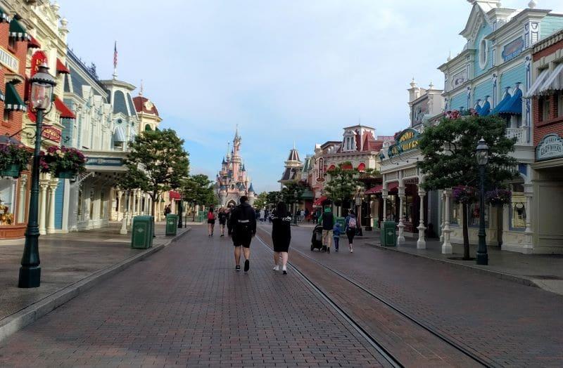 Rues vides à Disneyland paris